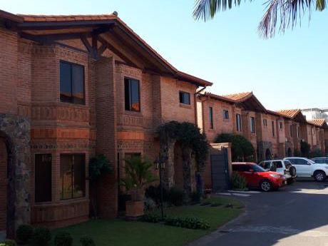 Alquilo Hermos Duplex En Bo Cerrado De Ycua Sati!