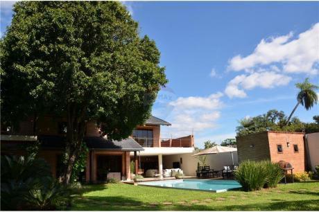 Residencia Premium En El Corazón De Villa Morra