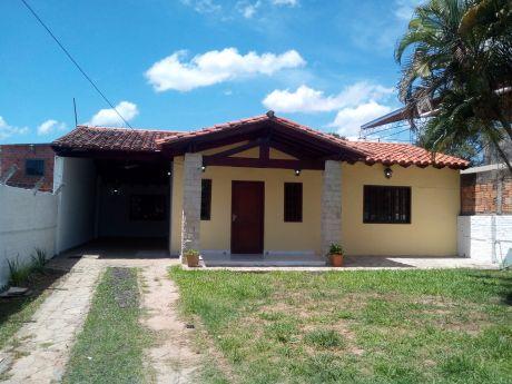 Amplia Casa En Barrio San Jorge - Zona Superviaducto