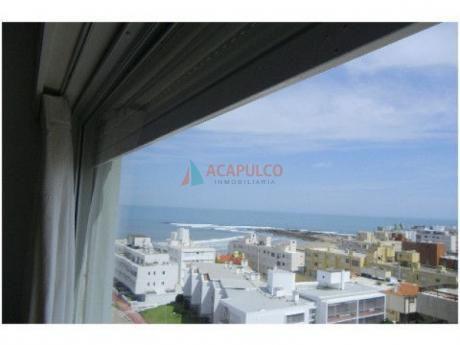 Precioso Apartamento En Península A 100 Mts Del Mar.