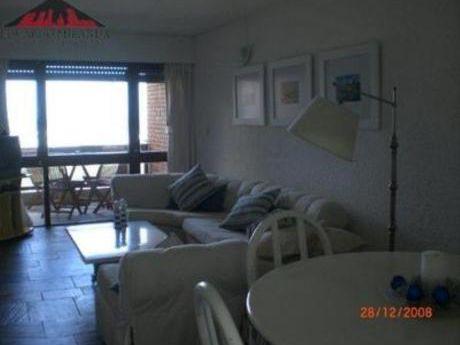 Apartamentos En Playa Brava: Emp1282a