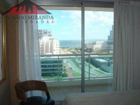 Apartamentos En Punta Del Este: Emp1332a