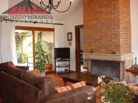 Casas En Barrio Córdoba: Emp1339c