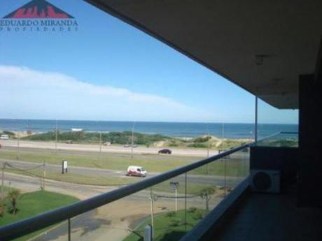 Apartamentos En Playa Brava: Emp2123a