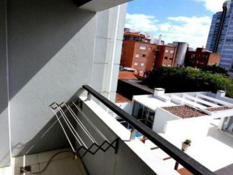 Apartamentos En Península: Emp2934a
