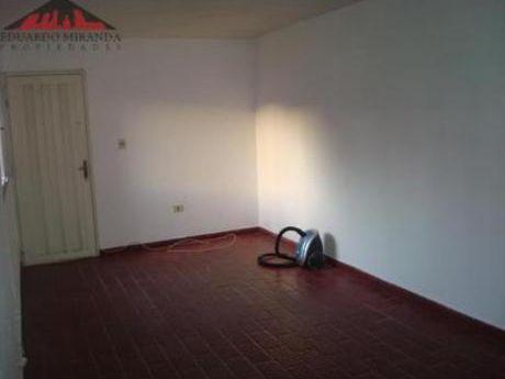 Apartamentos En Maldonado: Emp2943a