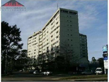 Apartamentos En Roosevelt: Emp2951a