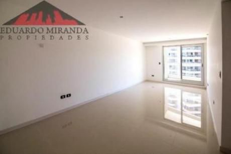 Apartamentos En Playa Brava: Emp3682a