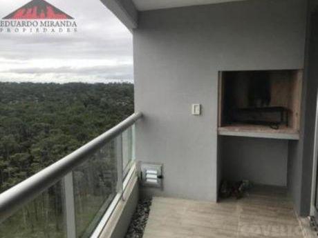 Apartamentos En Playa Brava: Emp3696a