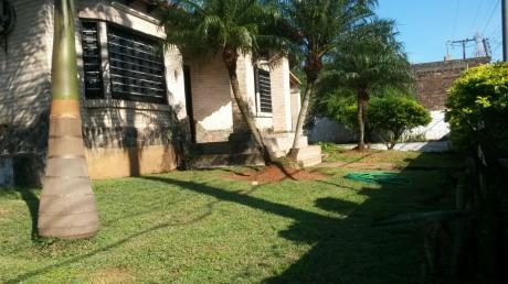 Vendo Hermosa Y Amplia Casa En Villa Elisa - Acceso Sur 3 Bocas
