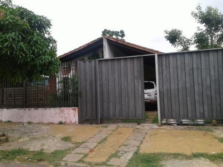 Casa En Barrio Kennedy