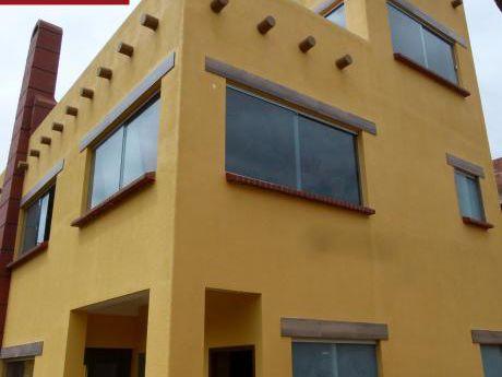 Casa En Venta Los Rosales