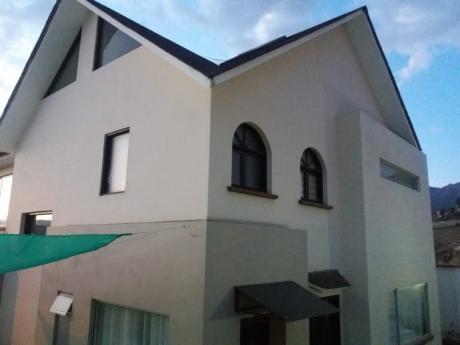 Linda Casa En Achumani