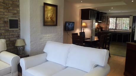 Se Vende Casa En San José De Carrasco De 2 Dormitorios Sobre Alvear