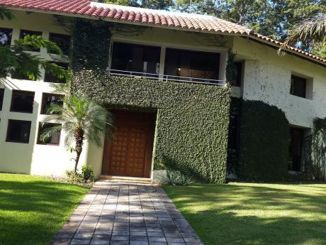 Colinas Del Urubo 2 Vendo Casa
