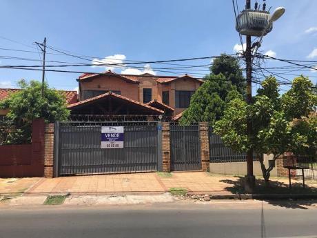 Vendo Residencia Zona Neroli,bautista.los Laureles,mariscal Estigarribia.