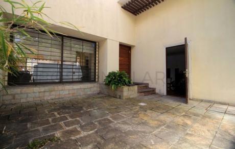 Amplia Casa En Punta Carretas