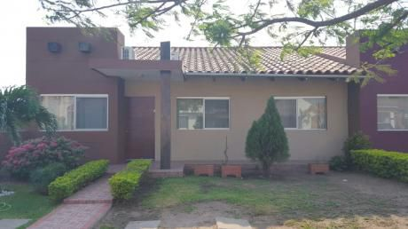 Casa En Venta Zona Este Carretera Cotoca Condominio Santa Fe