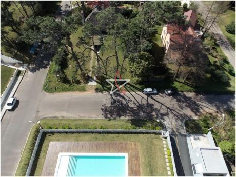 Apartamento, 2 Dormitorios, 2 Baños, Roosevelt, Punta Del Este, Venta