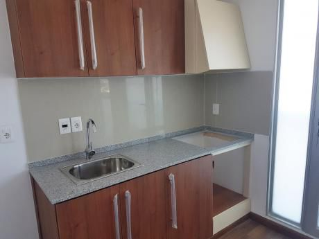 Alquile Apartamento De 2 Dormitorios En Pocitos A Estrenar