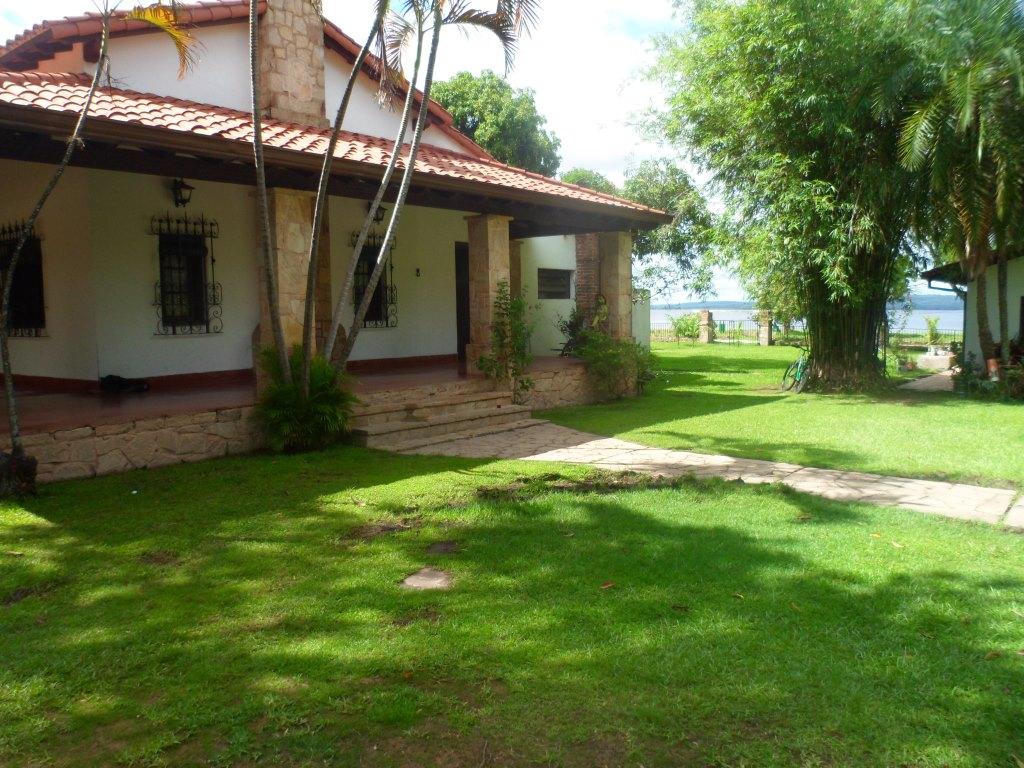 Propiedad En La Orilla Del Lago Ypacarai - San Bernardino