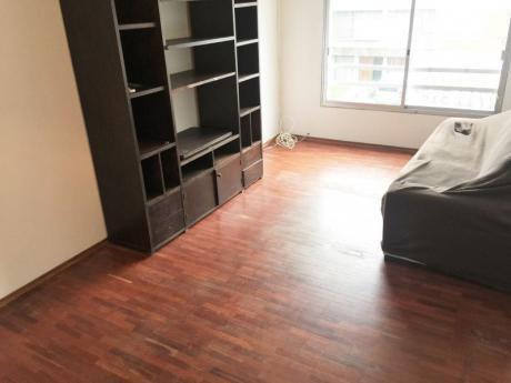 Venta De Apartamento 2 Dormitorios En Buceo Garage Porteria