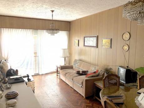 Venta Apartamento 2 Dormitorios Pocitos Oportunidad!!