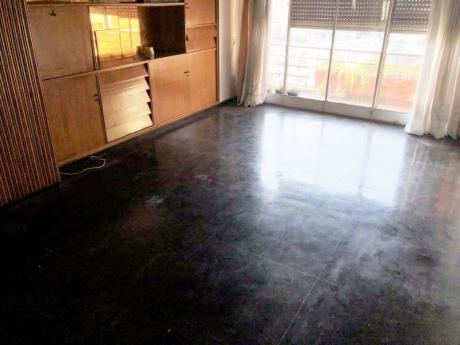 Venta Apartamento 3 Dormitorios Centro, Montevideo Garaje