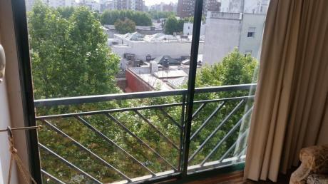 Hermoso 2 Dormitorios, Amueblado Y Garaje En Cordón!!