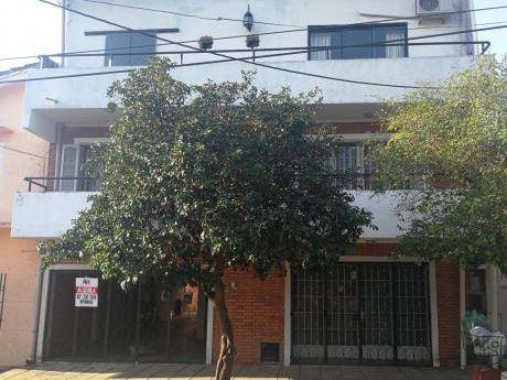 Tierra Inmobiliaria Alquila - Amplio Departamento De 2 Hab. En Ciudad Nueva!