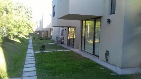 Vendo Hermosa Casa De 2 Dormitorios En Complejo Vitta Solymar.