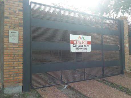 Tierra Inmobiliaria - Amplio Y Cómodo Duplex De 3 Habitaciones En Lambare!