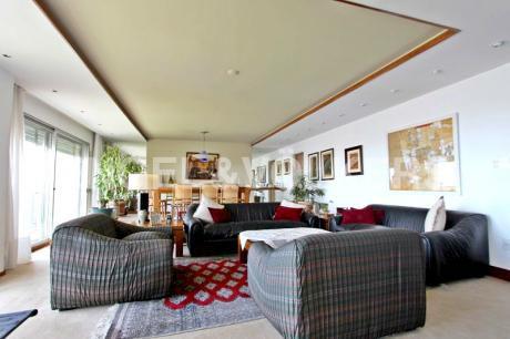 Apartamento En Venta En Rambla De Punta Carretas