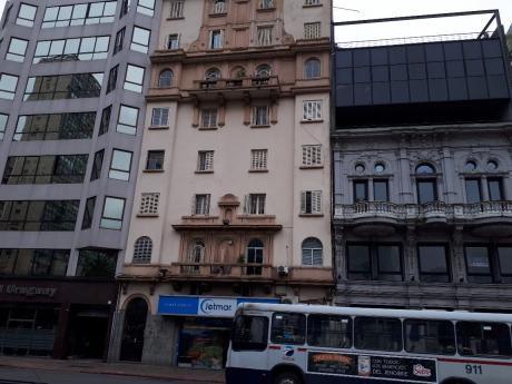 Plaza Independencia De Estilo
