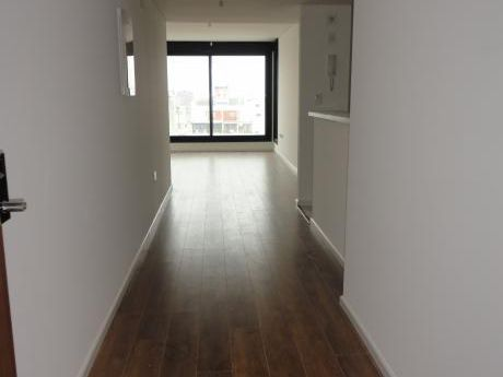 Apartamento En Alquiler, 1 Dormitorio, Kitch, Baño, Garaje, Vig.