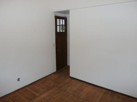 Apartamento De 3 Dormitorio En Tres Cruces