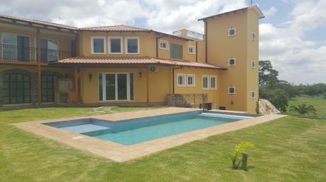 Hermosa Casa En El Urubo Colinas 4