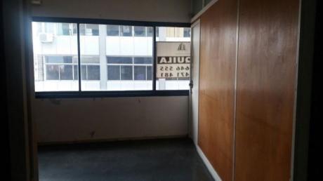 Apartament0 De 90 Metros Con 4 Oficinas  Grandes CordÓn.