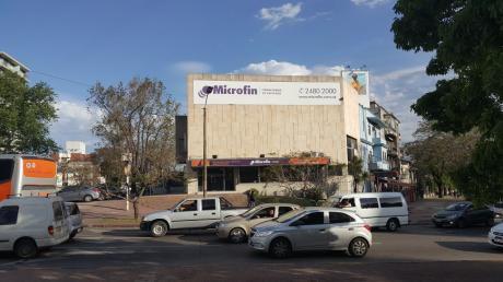 Alquiler Local Comercial En La Blanqueada