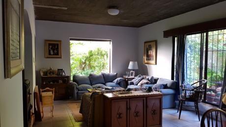 Preciosa Casa, Estilo Americano A Mts. De Rbla.!!!