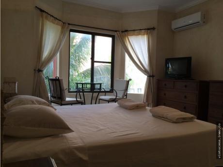 Departamento De 2 Dormitorios En El Condominio Buganvillas Suits & Spa,