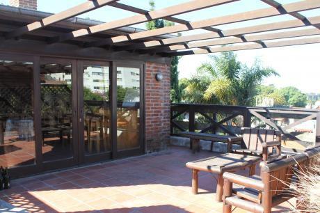 A Una Cuadra De La Rambla, 3 Dormitorio, Barbacoa, Garaje