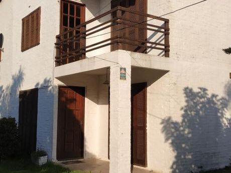 Hermosa Casa A Media Cuadra De Rambla