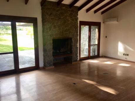 Casaen Venta Y/o Alquiler 3 Dormitorios Lomas De La Tahona