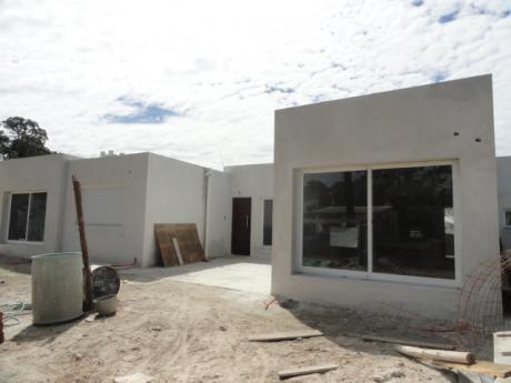 Estrene Bonita Casa En Construccion Tardicional