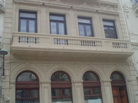 Excelente Edificio Totalemente Reciclado Proximo A Plaza Zabala