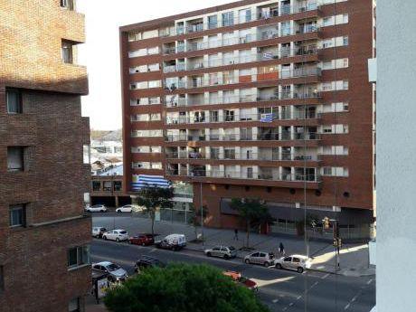 Apartamento 2 Dormitorios En Aguada