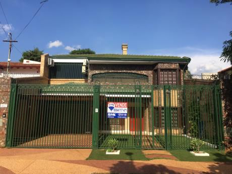 Hermosa Casa En Villa Aurelia