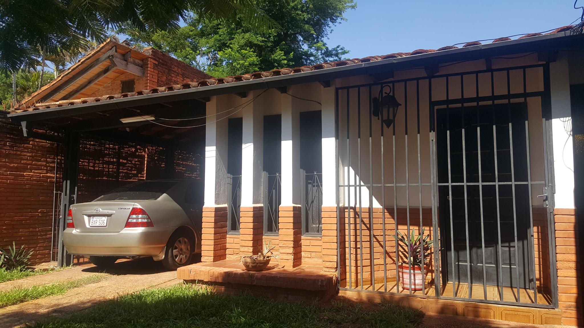 Vendo Chalet Ideal Para Refaccionar En El Mangal, Hermosa Zona Residencial