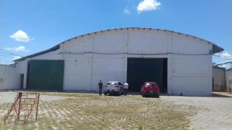 Alquilo Galpon En La Zona Sur Santo Dumont